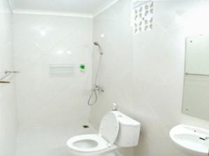 kamar mandi guest house